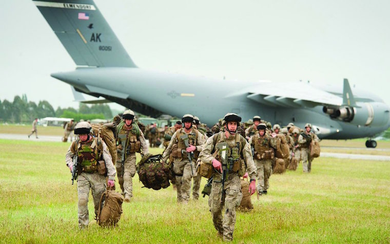 Personnel arrive by USAF C-17 at Timaru Airport during Ex Southern Katipo 2013.